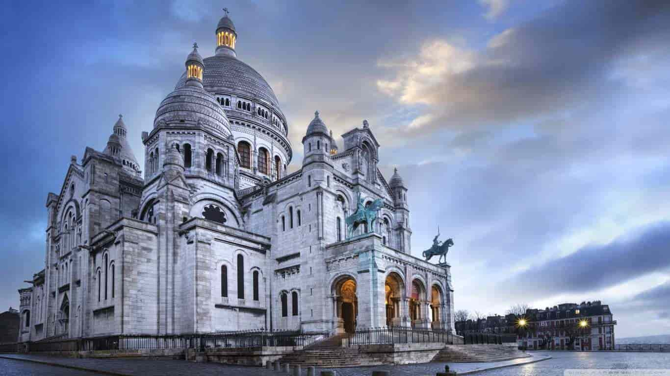 review Sacre Coeur