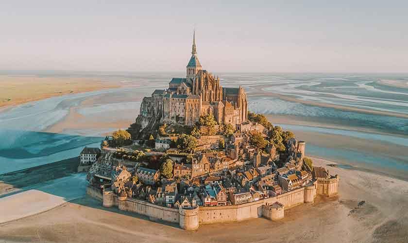 แนะนำ มงแซงมิเชล (Mont Saint Michel) | สถานที่ท่องเที่ยวฝรั่งเศส  วัฒนธรรมฝรั่งเศส อาหารฝรั่งเศส